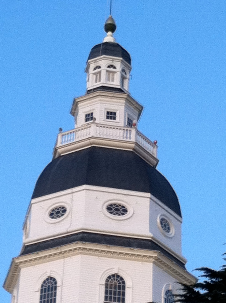 The white-painted Maryland State House dome after restoration in 2010 is now stained from rusty sprinkler pipes staining the white.